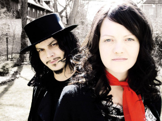 White_Stripes_Jack_and_Meg_White